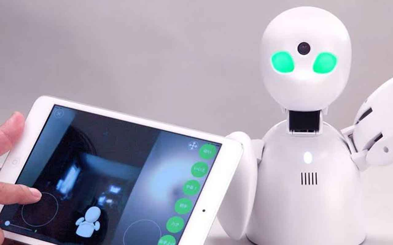 Japonya'da öğrencilerin imdadına robotlar yetişiyor