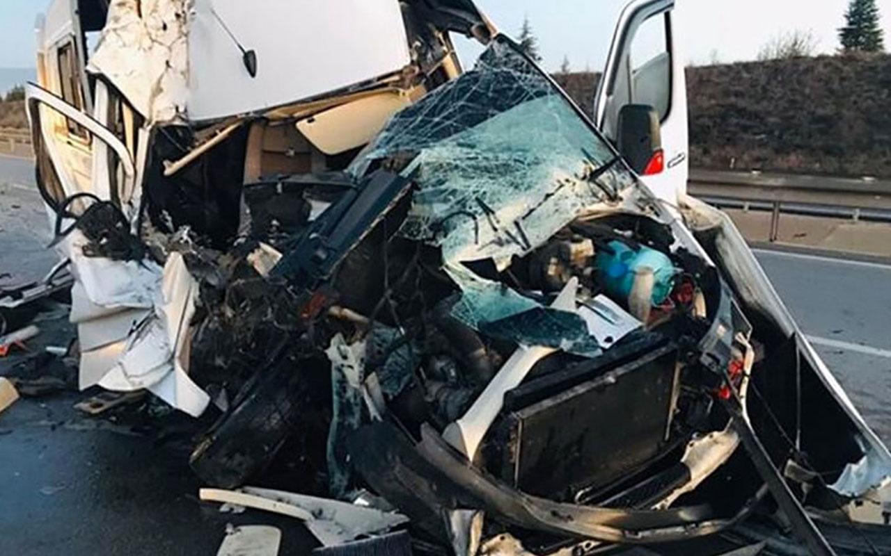Bursaspor taraftarlarını taşıyan araç kaza yaptı!