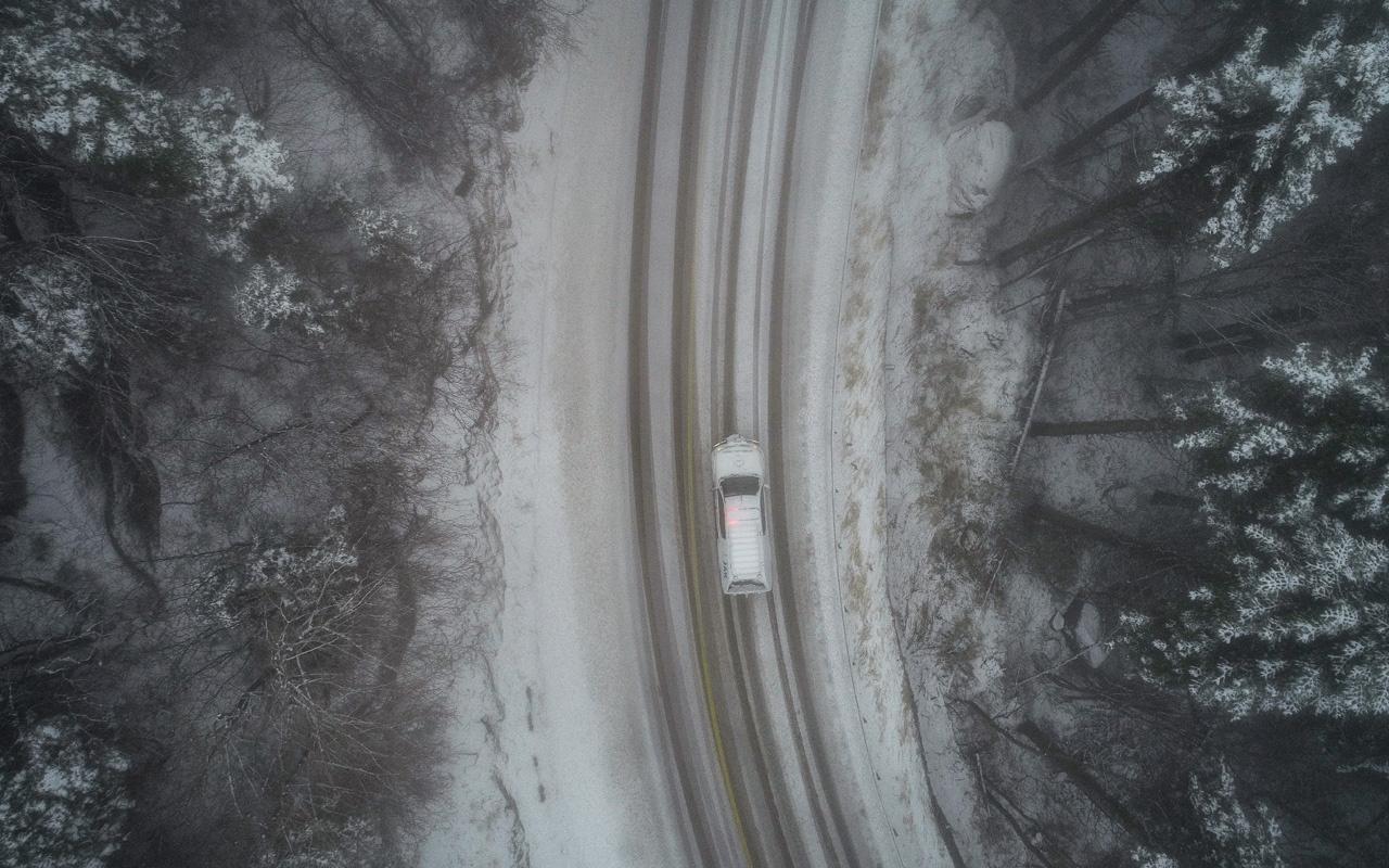 Kış ayının ilk gününde Uludağ ve Kars beyaza büründü! İşte görsel şölen