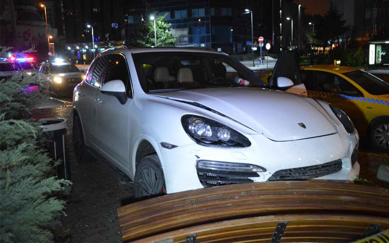 Şişli'de lüks otomobile kurşun yağdı