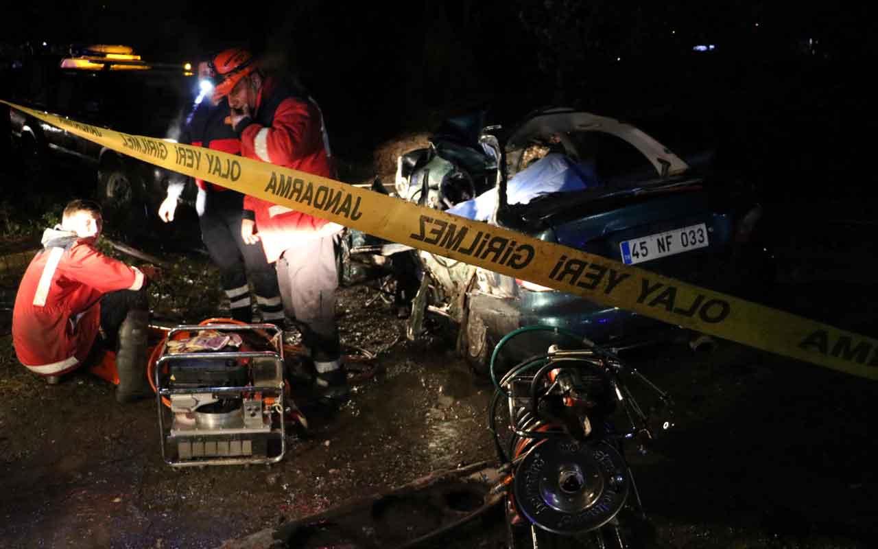 Zonguldak'ta 2 otomobil çarpıştı: 2 ölü, 1 yaralı