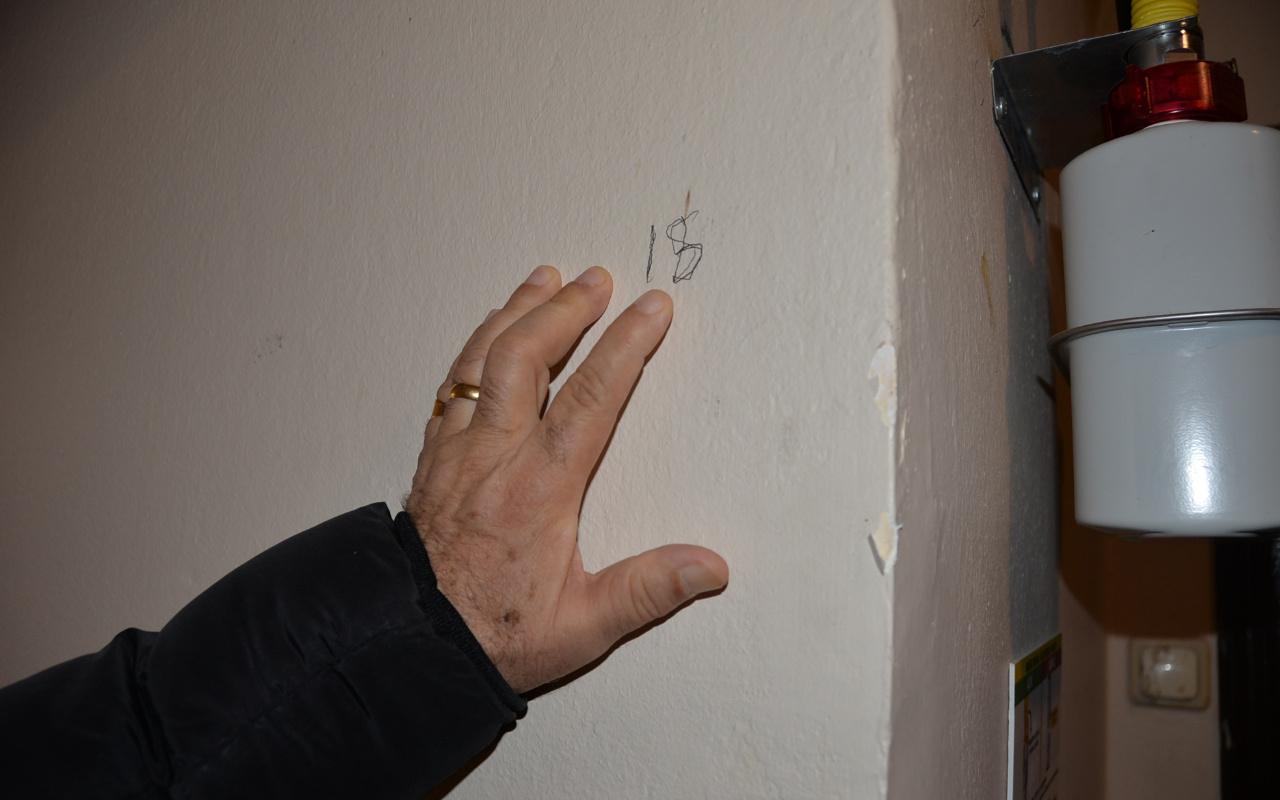 Mersin'de Alevi evlerine işaret koyan kişi çok şaşırtıcı biri çıktı