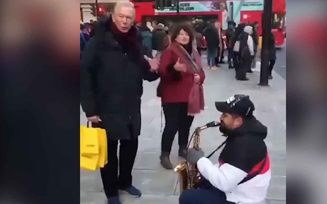 Uğur Dündar Londra'da sokakta İzmir Marşı'na denk geldi çalan da bir Ermeni