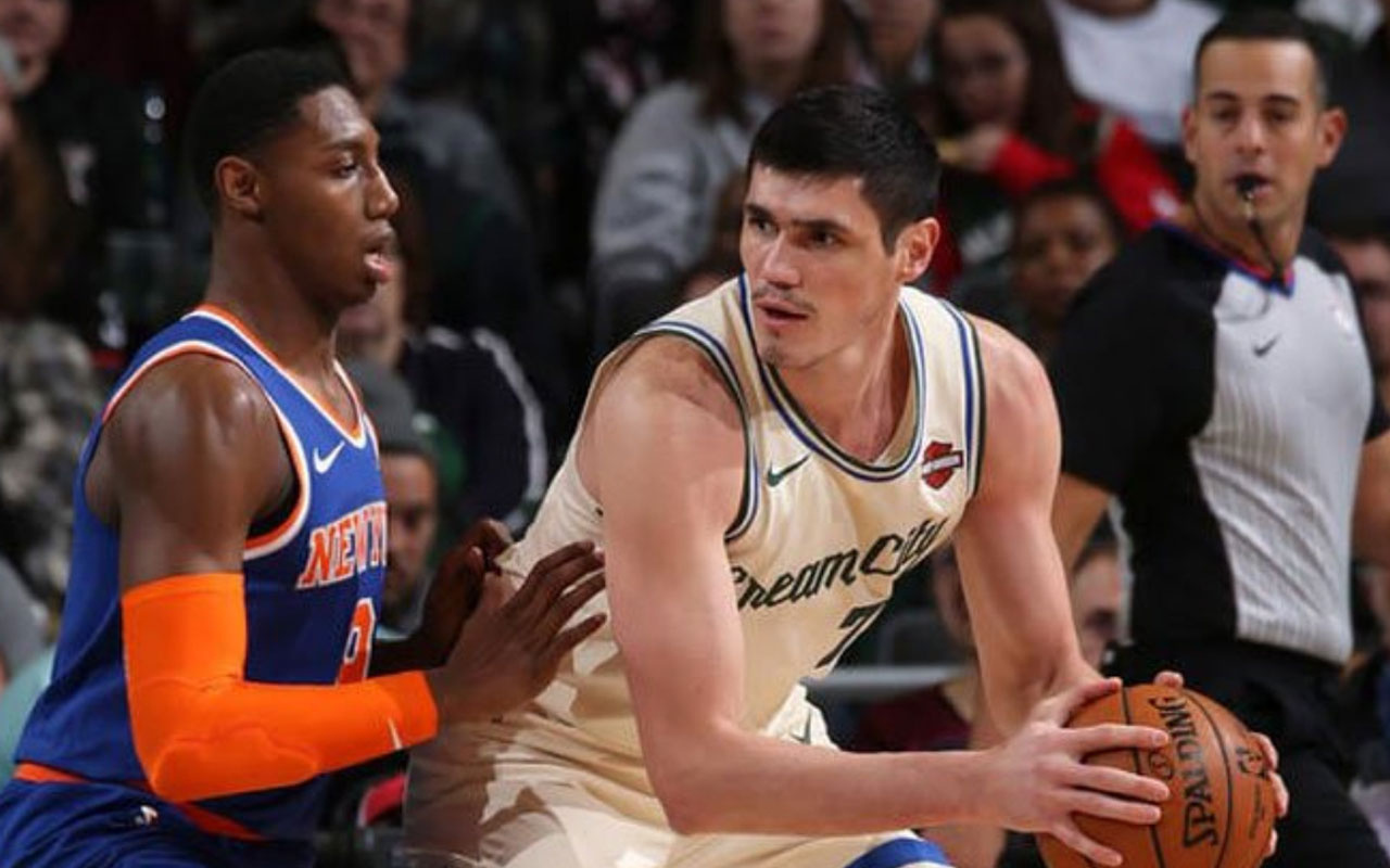 Milwaukee Bucks'tan peş peşe 12. galibiyet