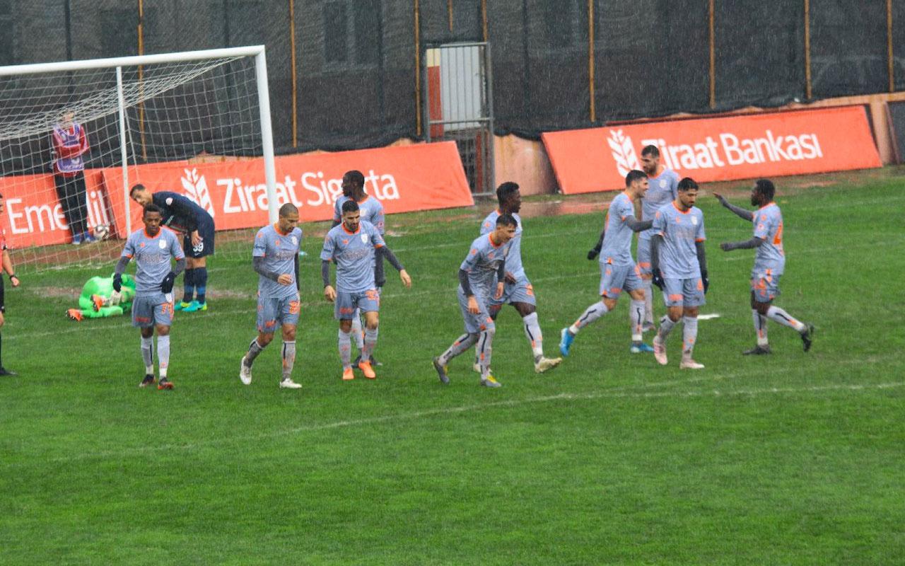 Medipol Başakşehir Hekimoğlu Trabzon'u yenerek avantajı kaptı