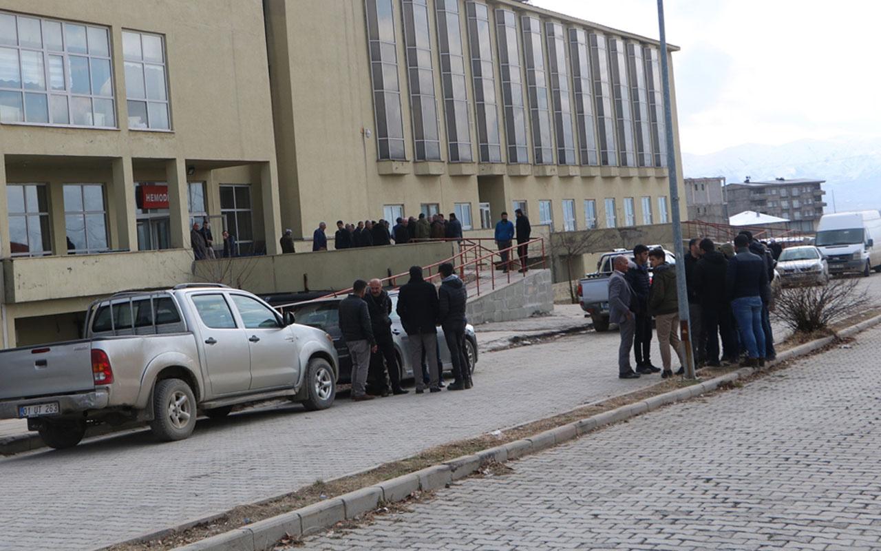 Hakkari'de kaçak elektrik kontrolü sırasında fenalaşan kadın hayatını kaybetti