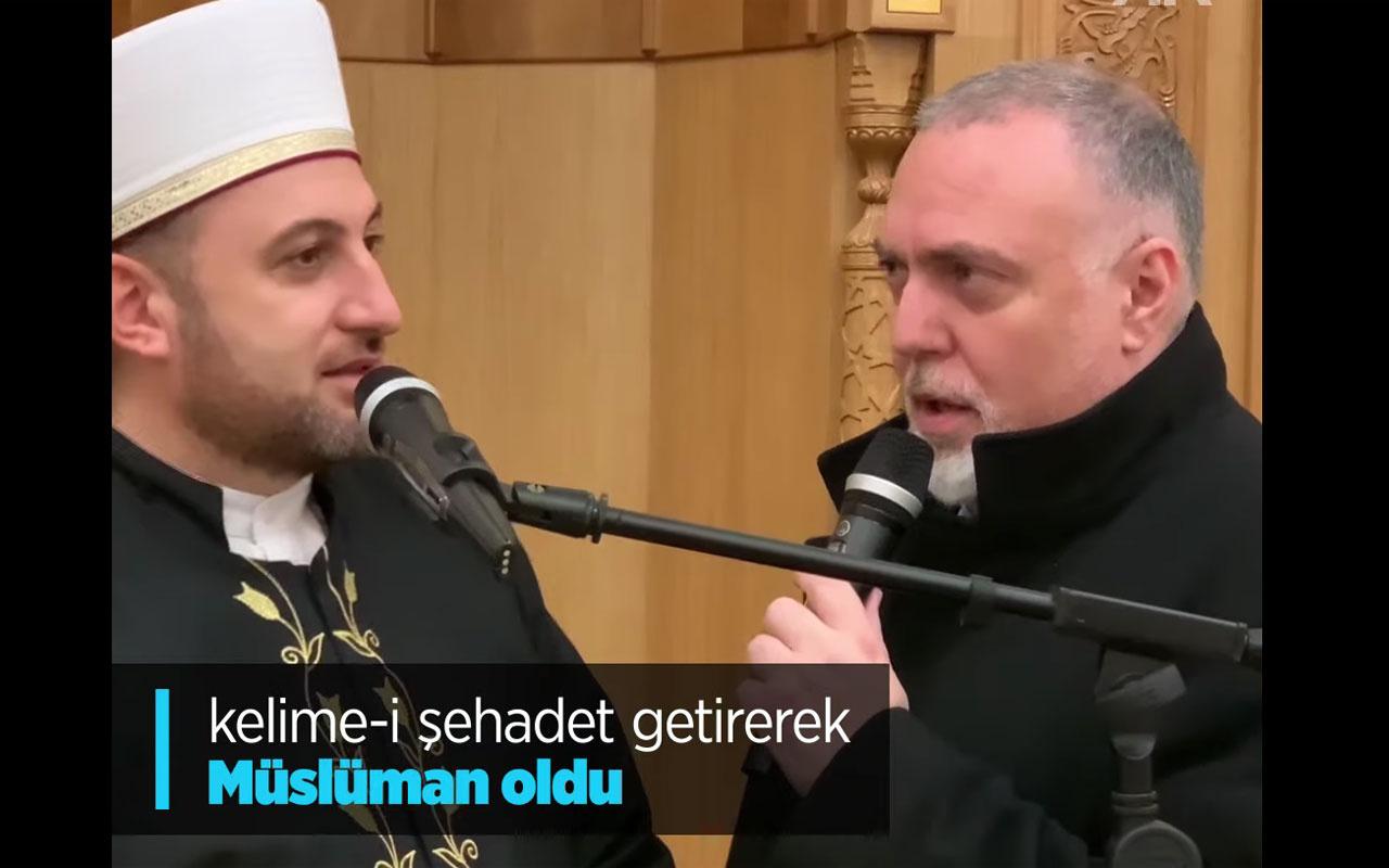 Dünyaca ünlü medya danışmanı Cambridge Camisi'nde Müslüman oldu