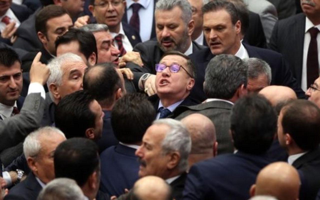 AK Partili ve CHP'li vekillerin kavgası! Meclis karıştı küfürler havada uçuştu