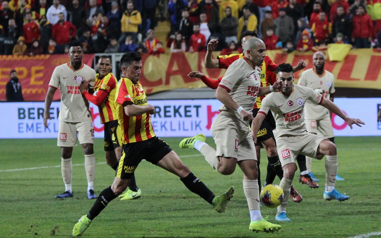 Galatasaray'da kan kaybı devam ediyor