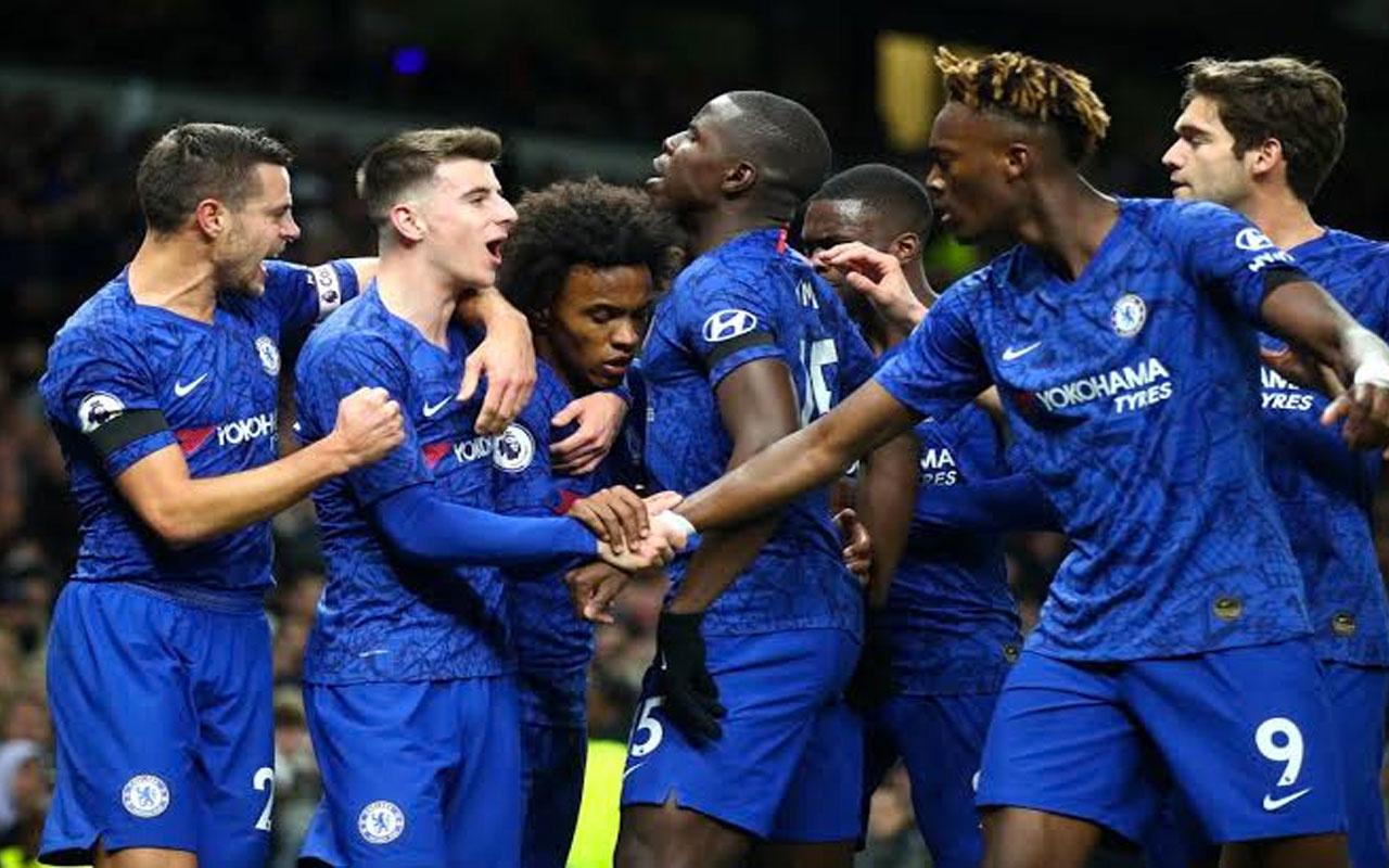 Chelsea Mourinho'lu Tottenham'ı devirdi