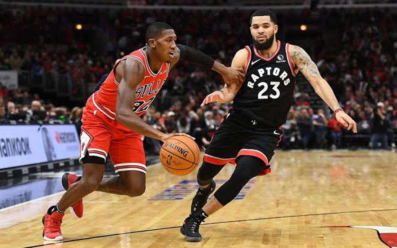 NBA'de Raptors'tan tarihi geri dönüş