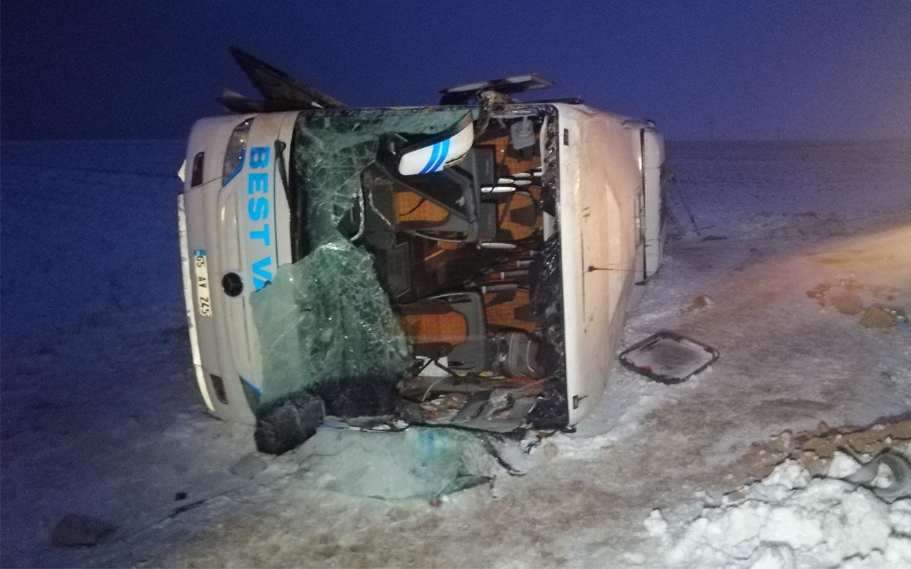 Kayseri'de yolcu otobüsü devrildi: 23 kişi yaralandı