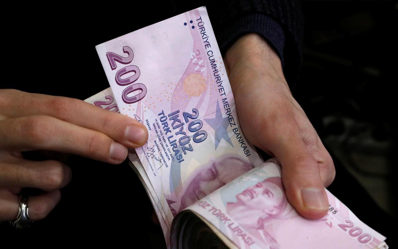 TÜRK-İş Ocak ayı yoksulluk sınırını açıkladı : 7 bin 229 lira