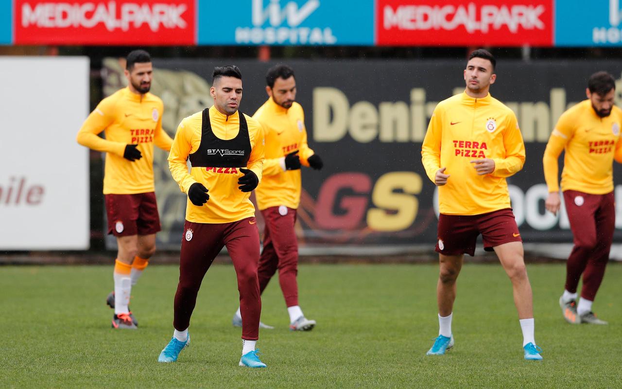 Galatasaray'a 3 isimden sevindirici haber