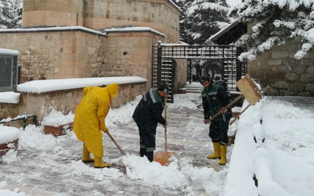Eskişehir'de sahte hesaptan kar tatili mesajı atıldı