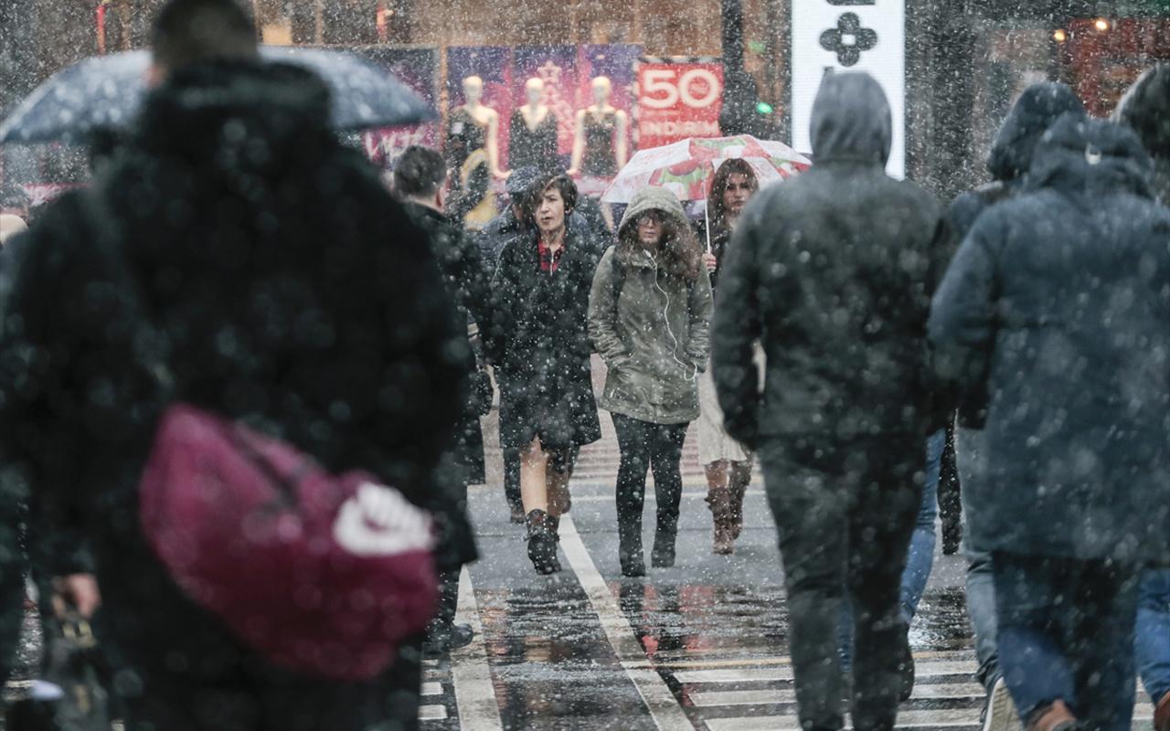 Uşak hava durumu 30 günlük haritalı kar tahmini raporu