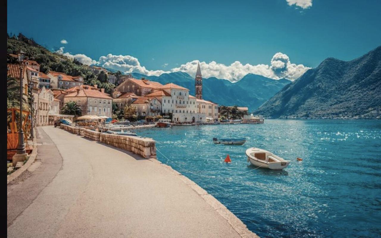 Karadağ nerede nüfusu kaç Karadağ'ın başkenti neresi?