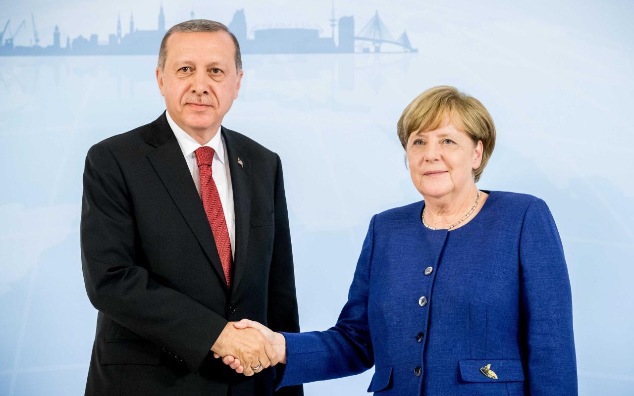 Cumhurbaşkanı Erdoğan ile Merkel arasında kritik görüşme