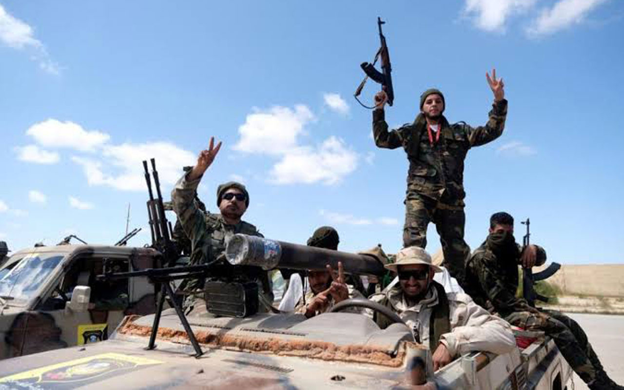 Libya Ordusu Hafter güçlerine ait askeri unsurları hedef aldı