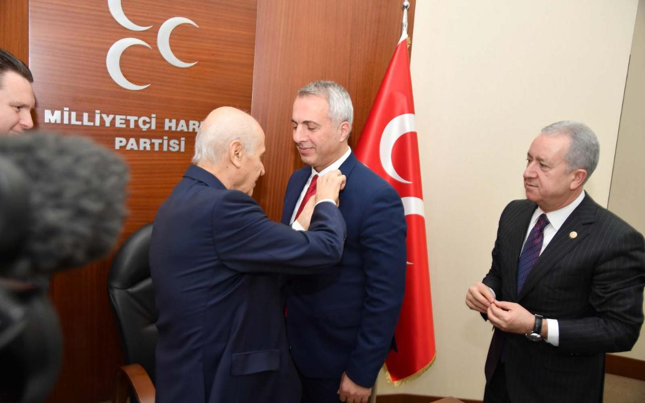 BBP'li Hendek Belediyesi Başkanı Turgut Babaoğlu MHP'ye geçti!