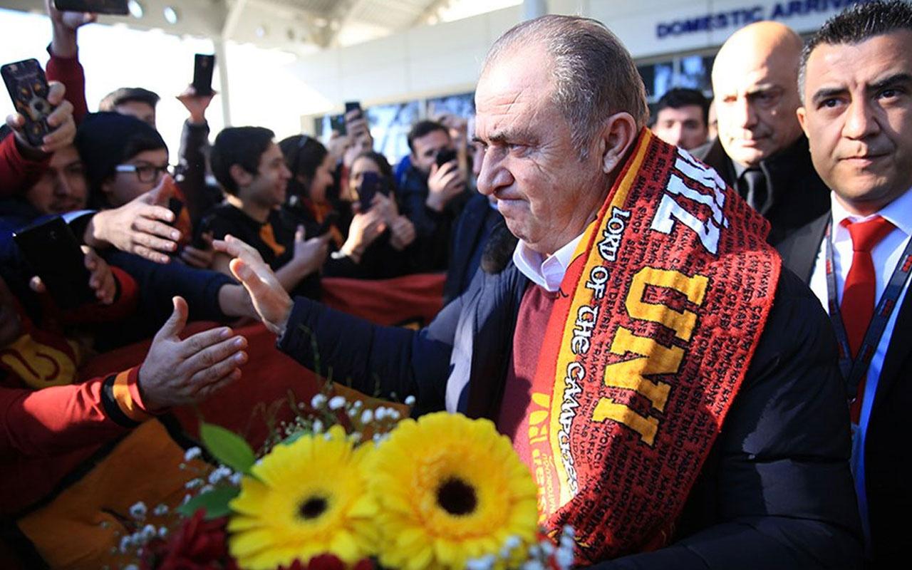 Antalya'da  Fatih Terim'e sevgi gösterisi