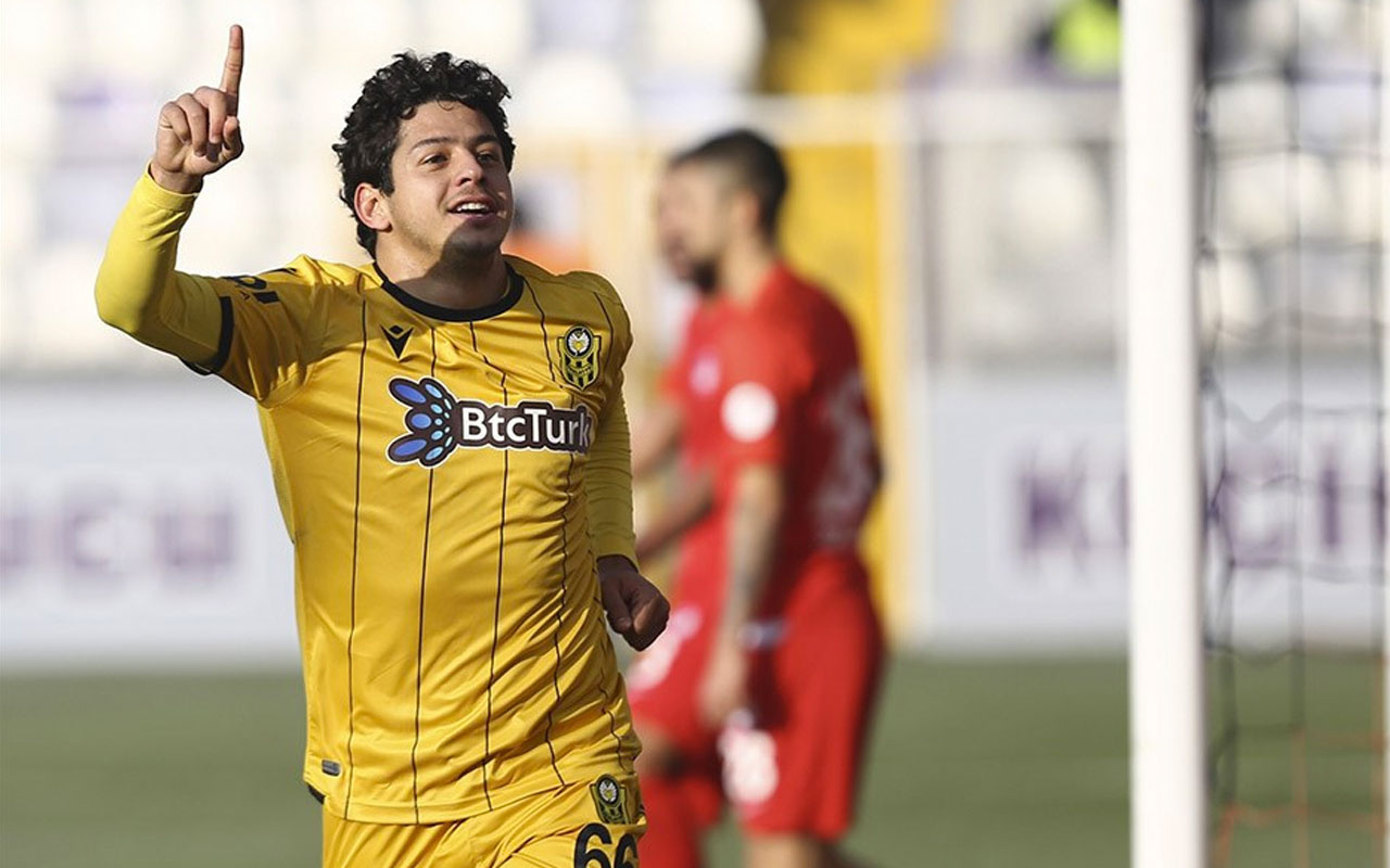 Başiktaş Guilherme transferini bitirdi