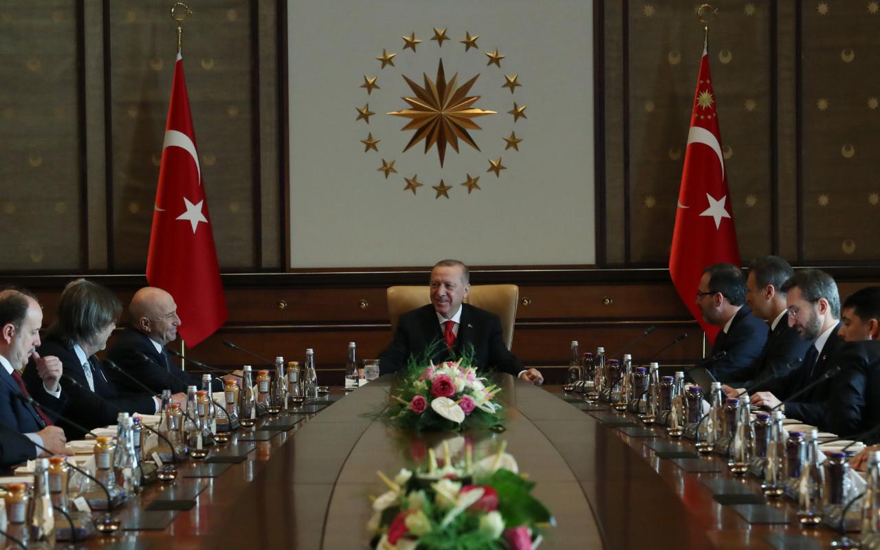 Cumhurbaşkanı Erdoğan Kulüpler Birliği üyelerini kabul etti
