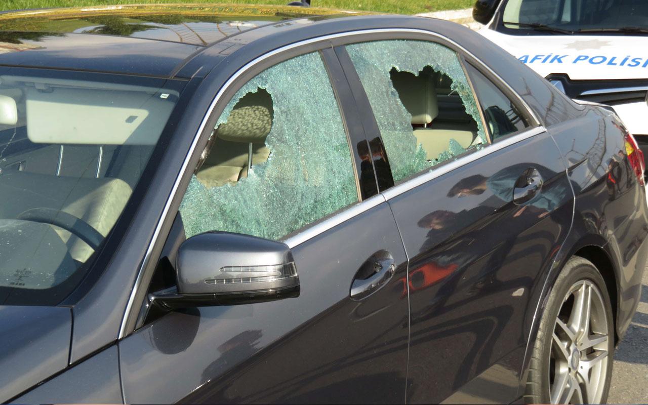 Ataşehir'de yol kavgası! Tartıştıkları sürücüye kurşun yağdırdılar