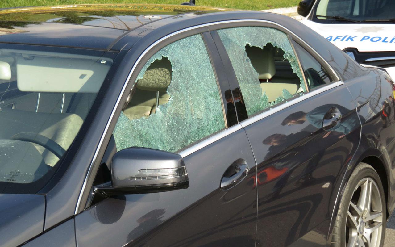 Ataşehir'de yol kavgası tartıştıkları sürücüye kurşun yağdırdılar