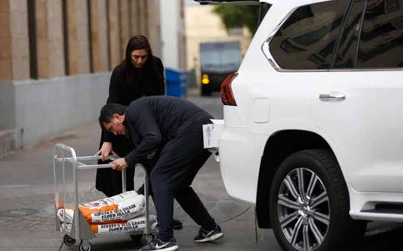 Hakan Şükür dibi gördü cafesini batınca ABD'de Uber şoförü oldu
