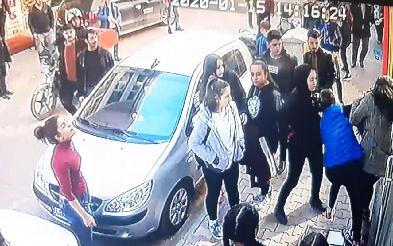 Adıyaman'da şoke eden görüntü! Genç kızı sokak ortasında öldüresiye dövdüler