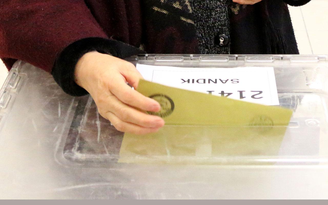 Ali Babacan ve Ahmet Davutoğlu'na kötü haber anket sonuçları geldi