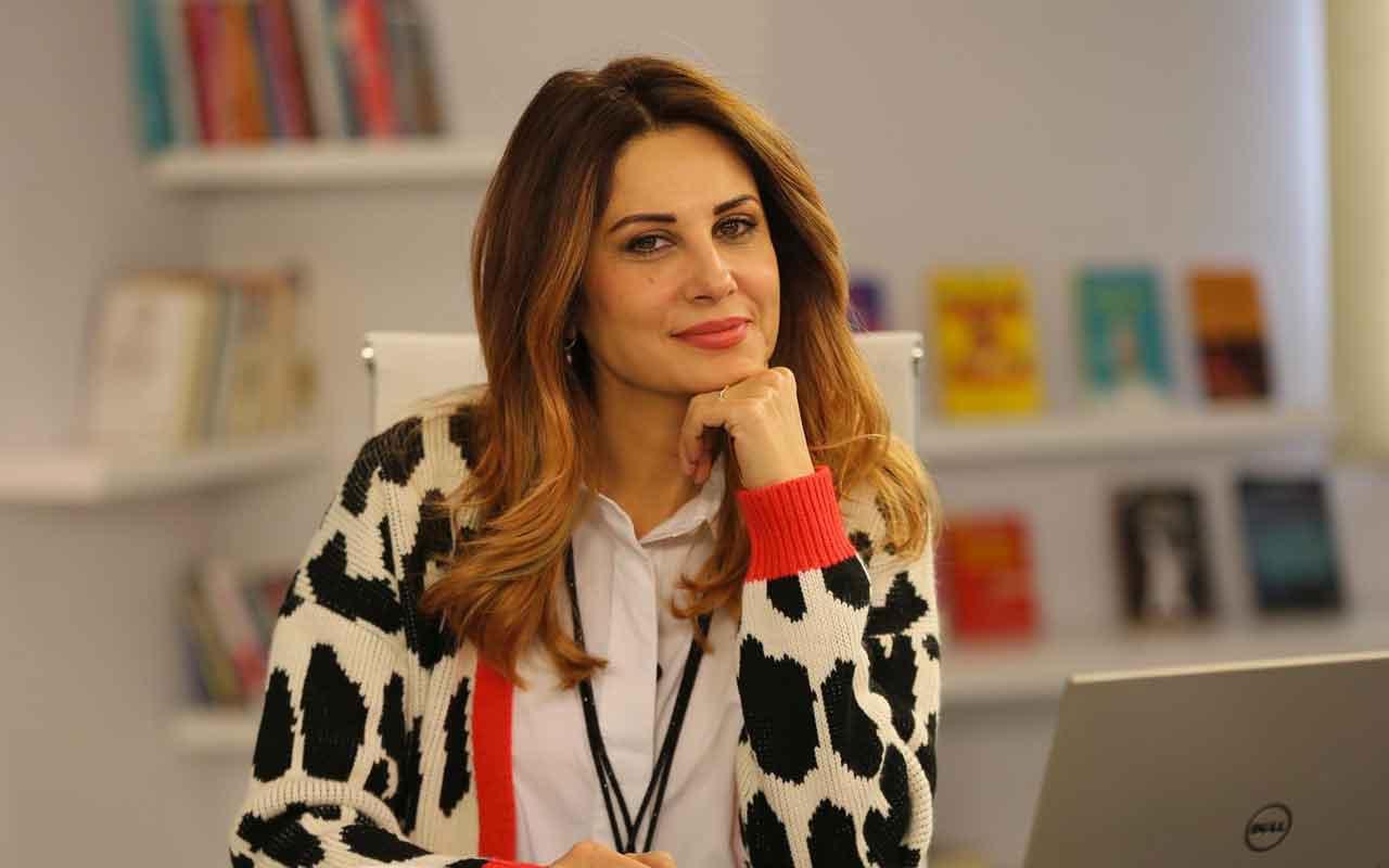 Hande Kazanova 20-26 Ocak burç yorumları cumartesi Yeniay'a dikkat!