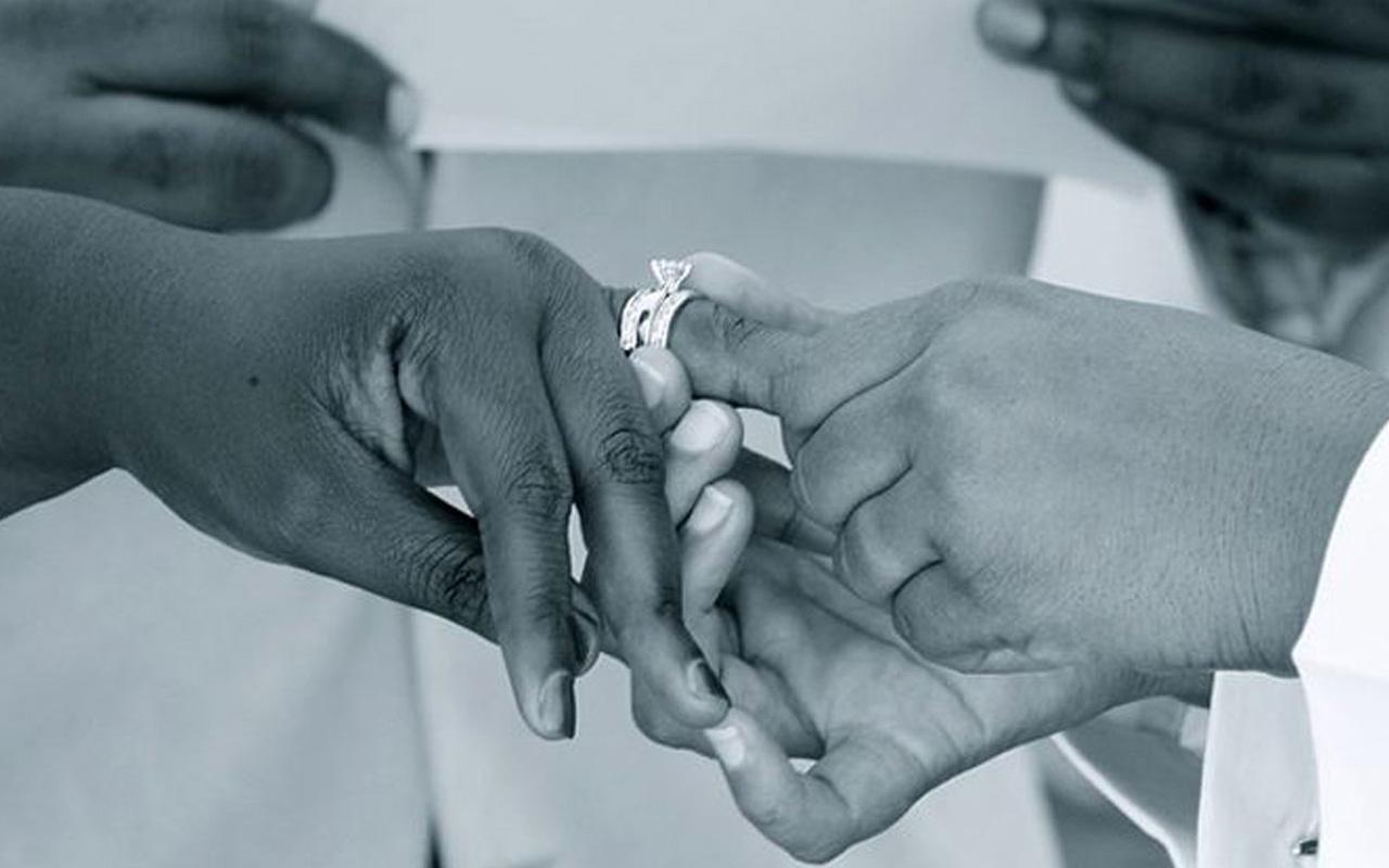 Yeni evlenen imama büyük şok! Karısının erkek olduğu ortaya çıktı!
