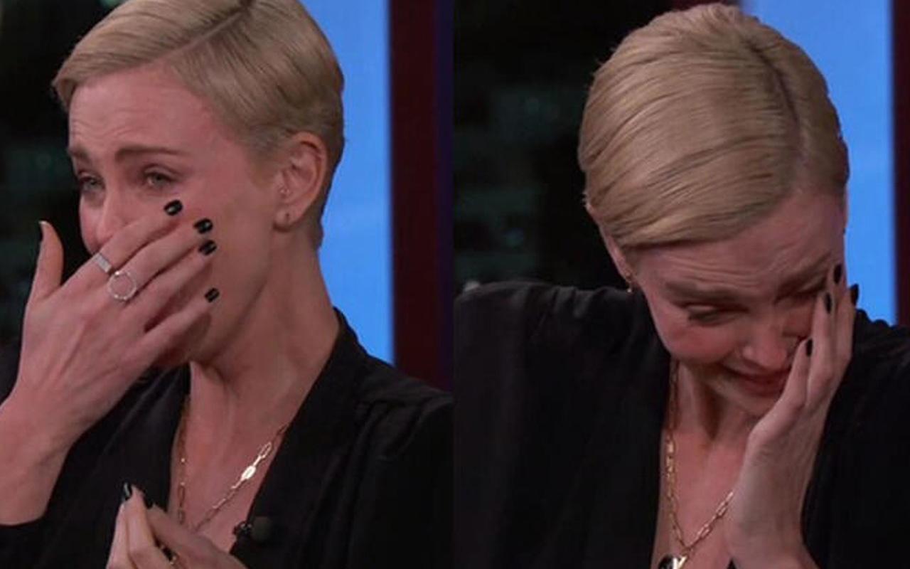 """Charlize Theron'a tuhaf teklif: """"Burnumla seviş"""""""