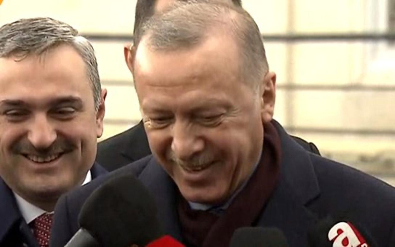 Erdoğan gazetecinin sorusunu gülerek yanıtladı: Aferin bana unuttuğumu hatırlattın