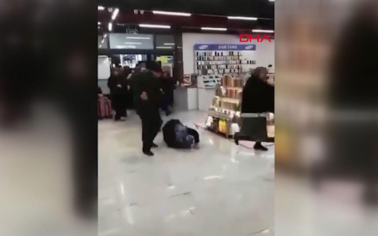 Alışveriş merkezi açılışında izdiham! O anlar kamerada
