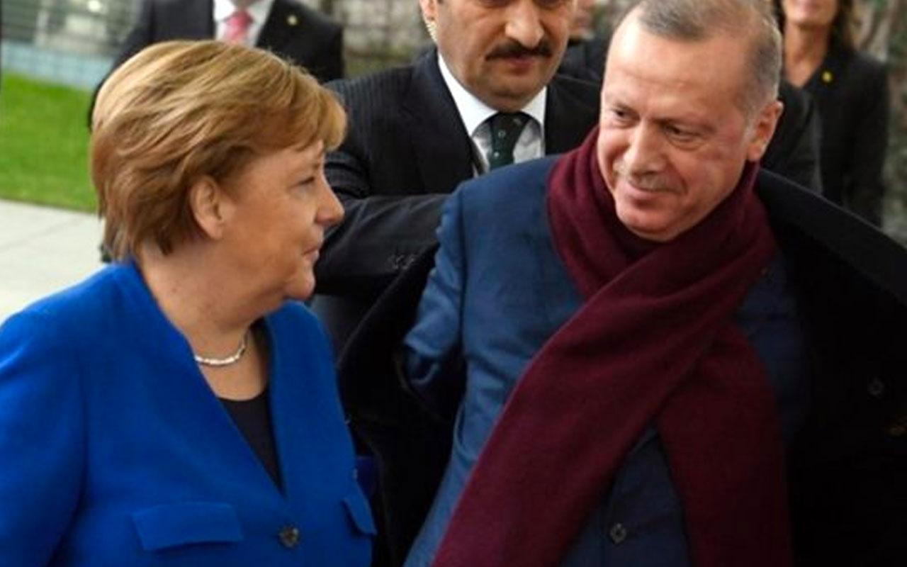Erdoğan-Merkel buluşmasına 'Palto' damga vurdu! Çok paylaşılanlar arasına girdi