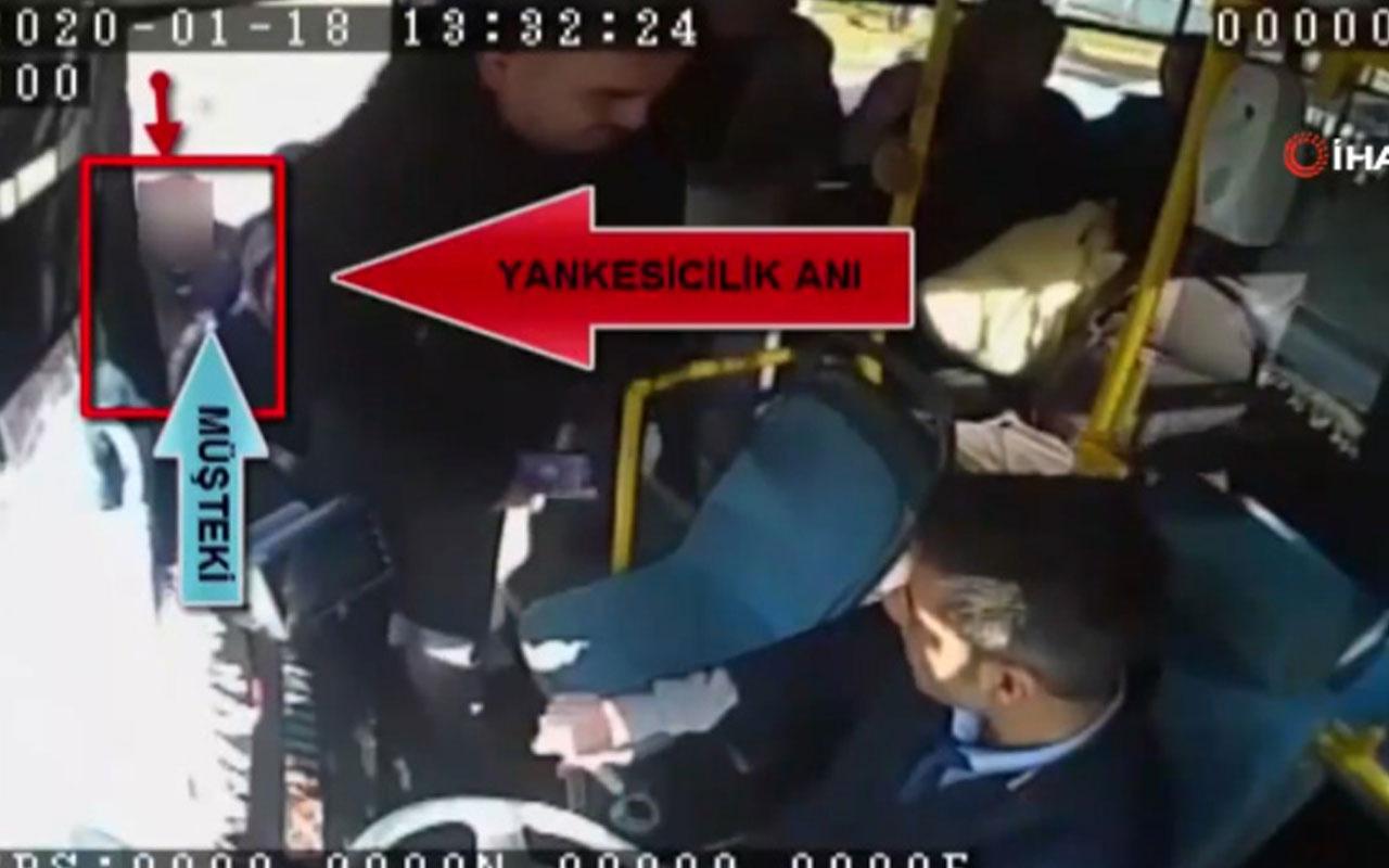 Otobüs bekleyen kadının cep telefonu çalındı! O anlar kamerada