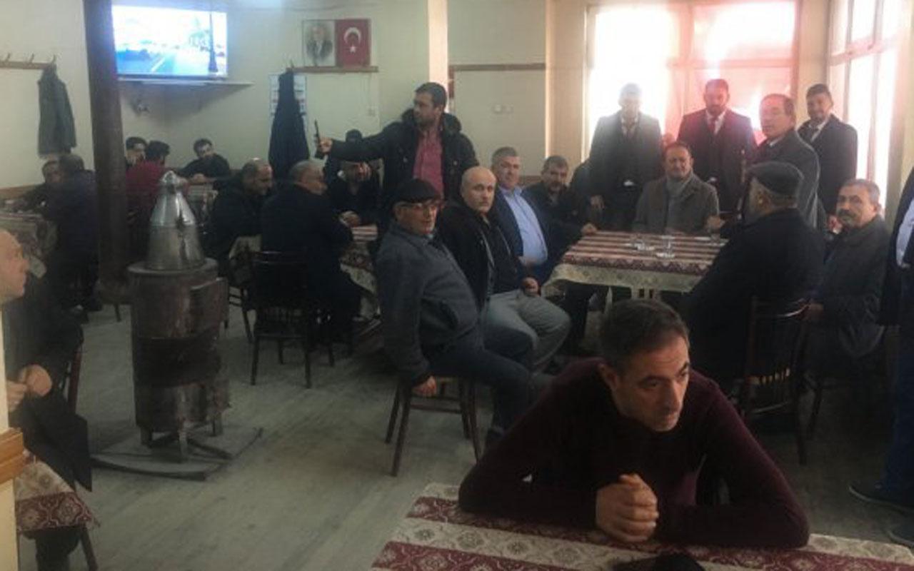 Konya'da kahveye giden Abdüllatif Şener'i takan olmadı