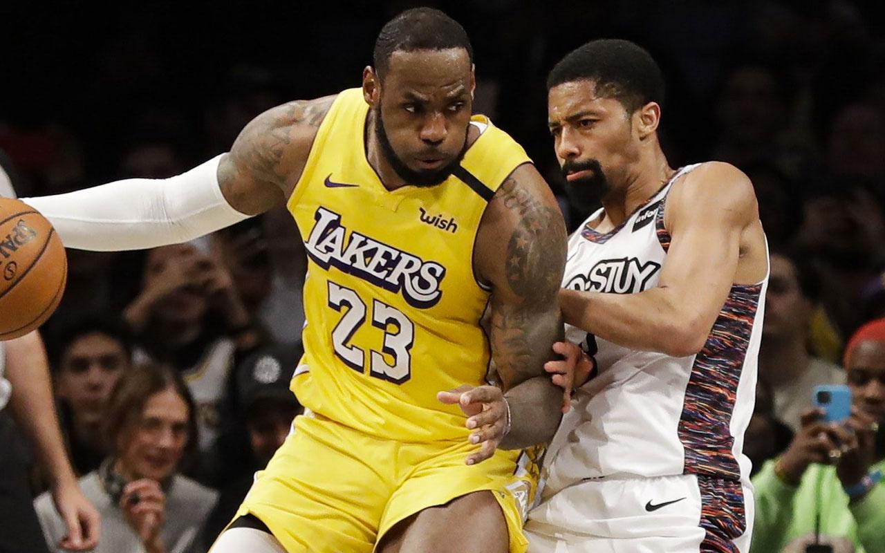 "Lakers, LeBron James'in ""triple-double"" yaptığı maçta Nets'i yendi"