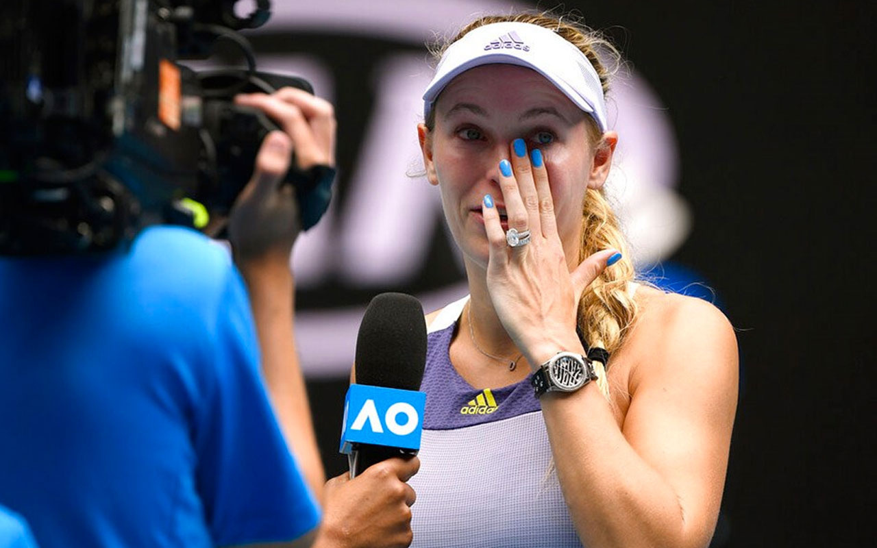 Caroline Wozniacki gözyaşlarıyla veda etti
