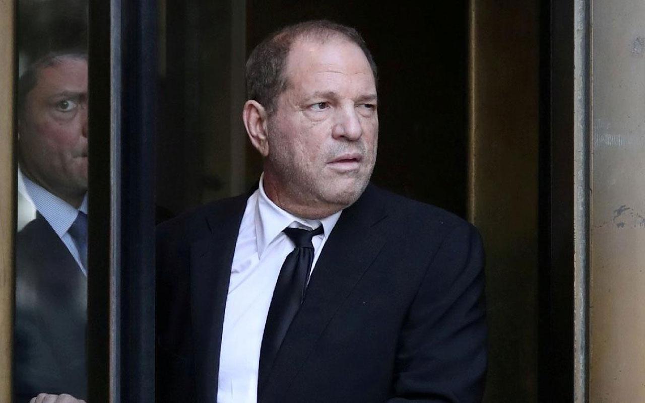 Onlarca tecavüz taciz suçuyla yargılanan yapımcı Harvey Weinstein hakim karşısında
