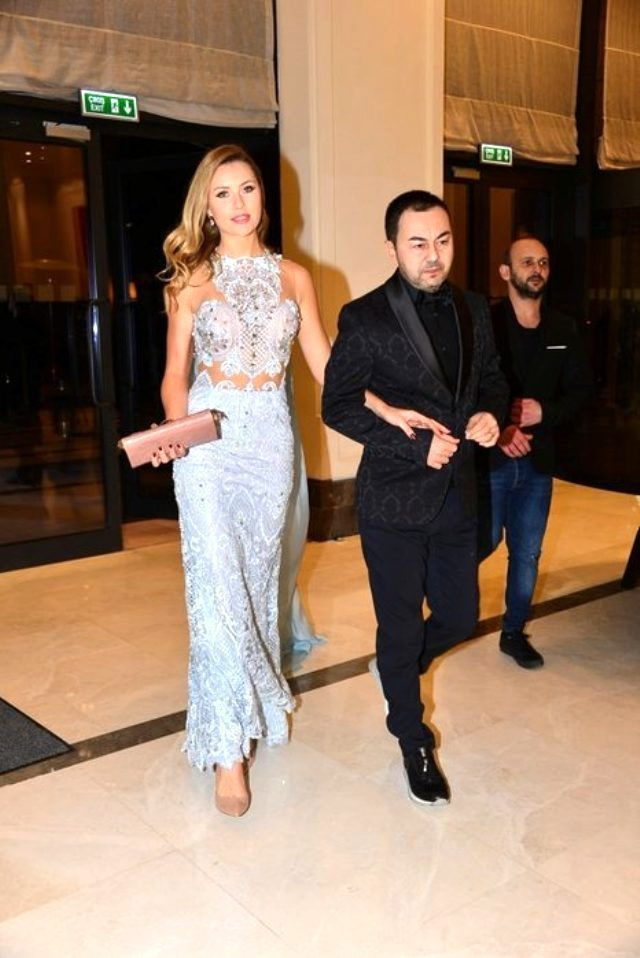 Serdar Ortaç'ın eski eşi Chloe Loughnan estetik mağduru oldu yeni hali çok fena