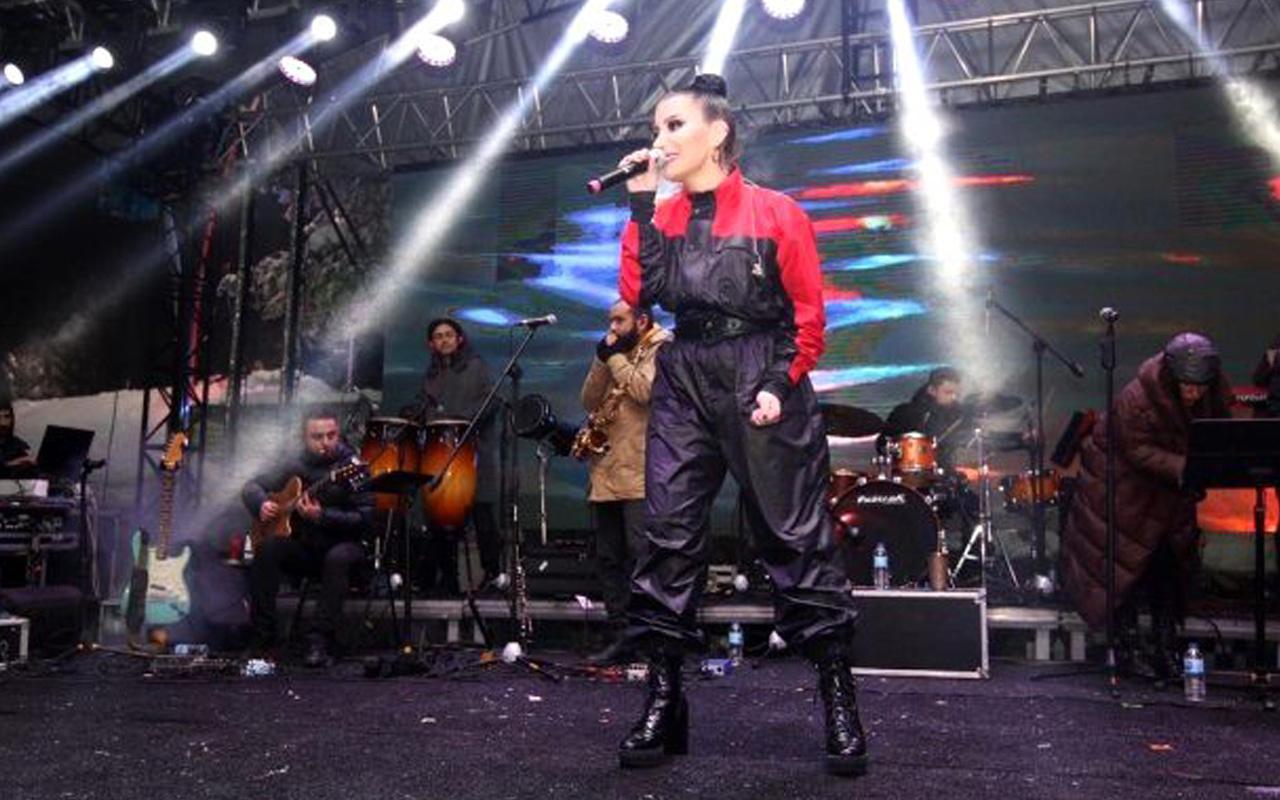 Konserde küfür eden İrem Derici, bundan sonra Kocaeli Belediyesi ile çalışamayacak