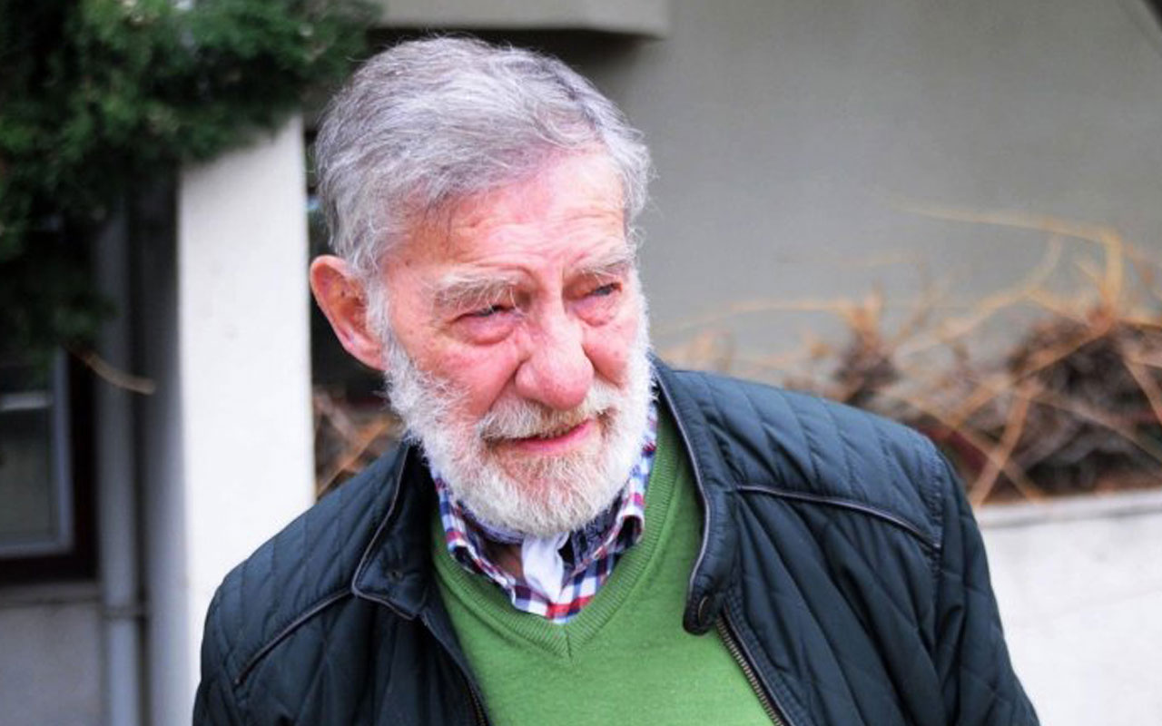 Ahmet Mekin, eşini gözyaşlarıyla son yolculuğuna uğurladı