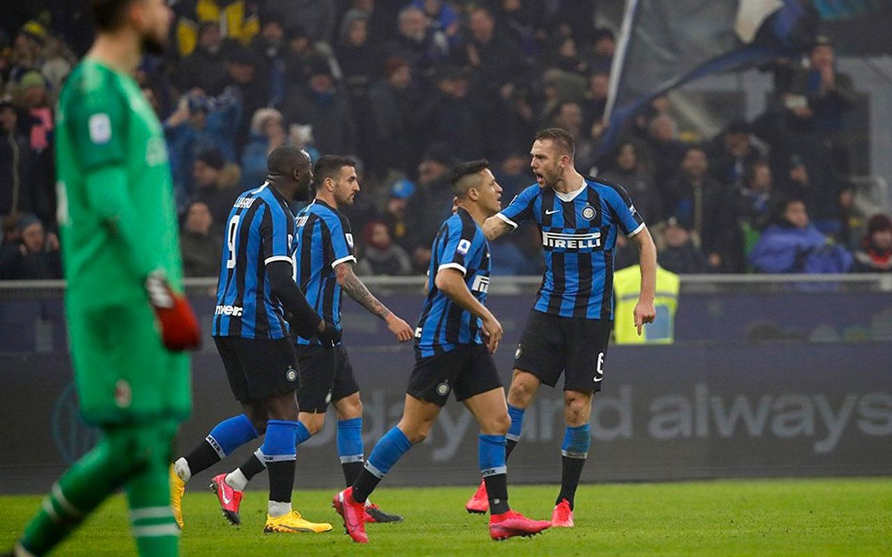 Milano derbisinde gülen taraf Inter