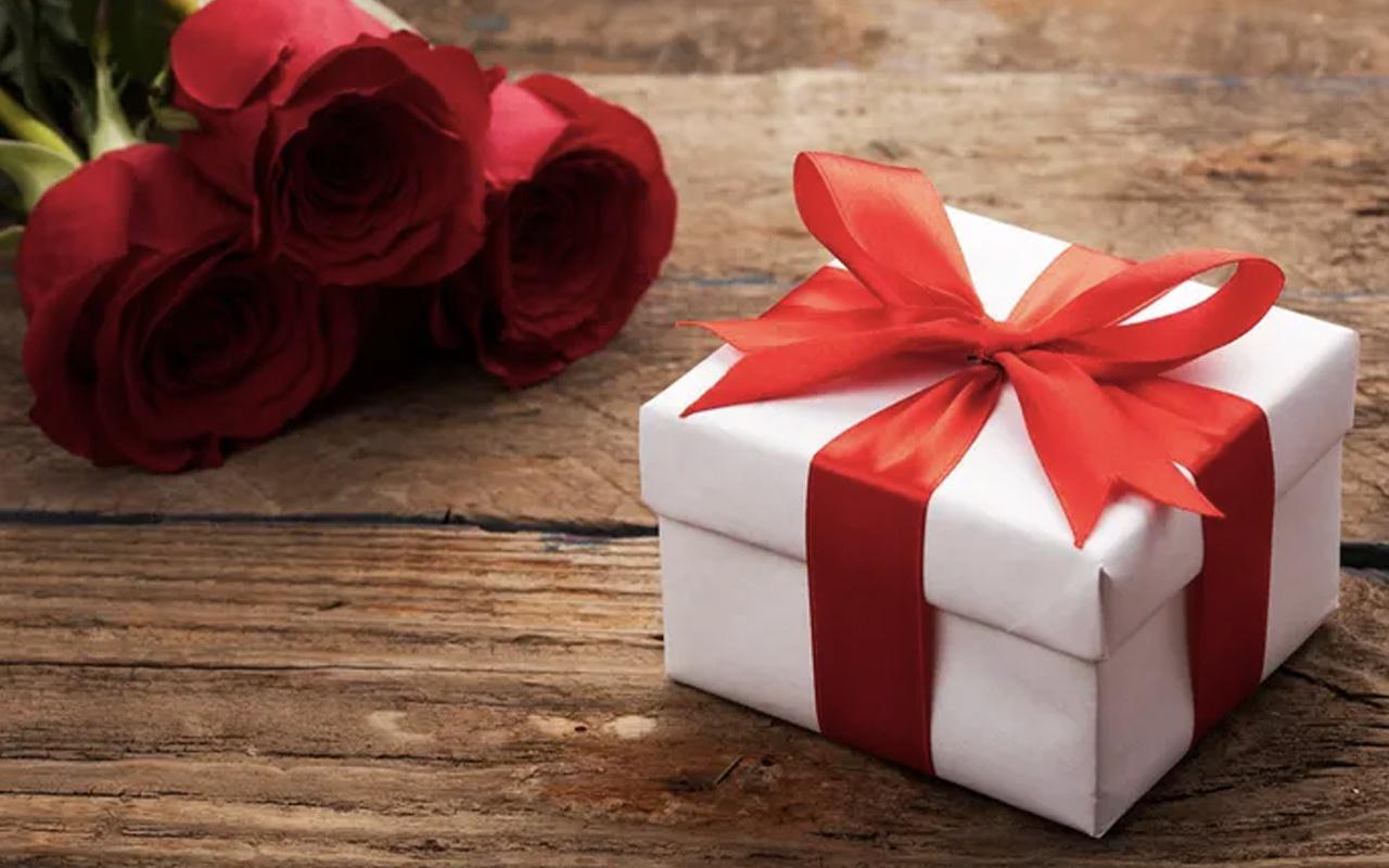 Sevgililer Günü mesajları resimli kısa yeni 14 Şubat sözleri-2020