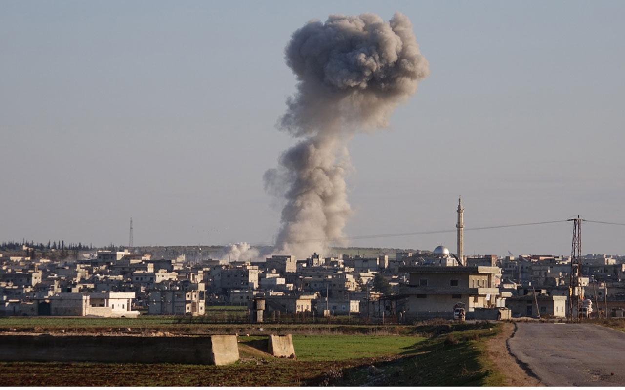 Esed İdlib'i yine vurdu 17 sivili katletti