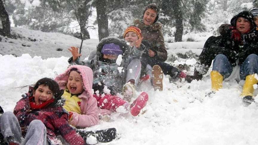 Okullar tatil mi bugün 10 Şubat kar tatili olan iller güncel listesi